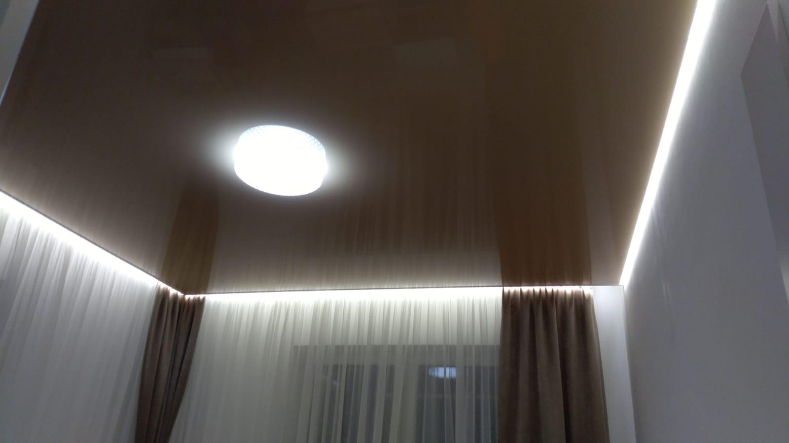 Podświetlane sufity napinane